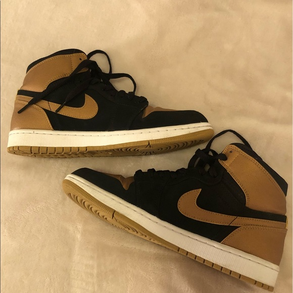 "huge selection of 887bd bfee4 Jordan Other - Air Jordan 1 retro high ""Melo"" black   gold"